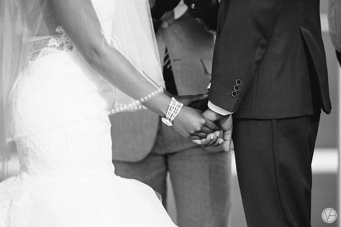 Vivid-Blue-Apoti-Zanele-Val-de-Vie-Wedding-Photography067