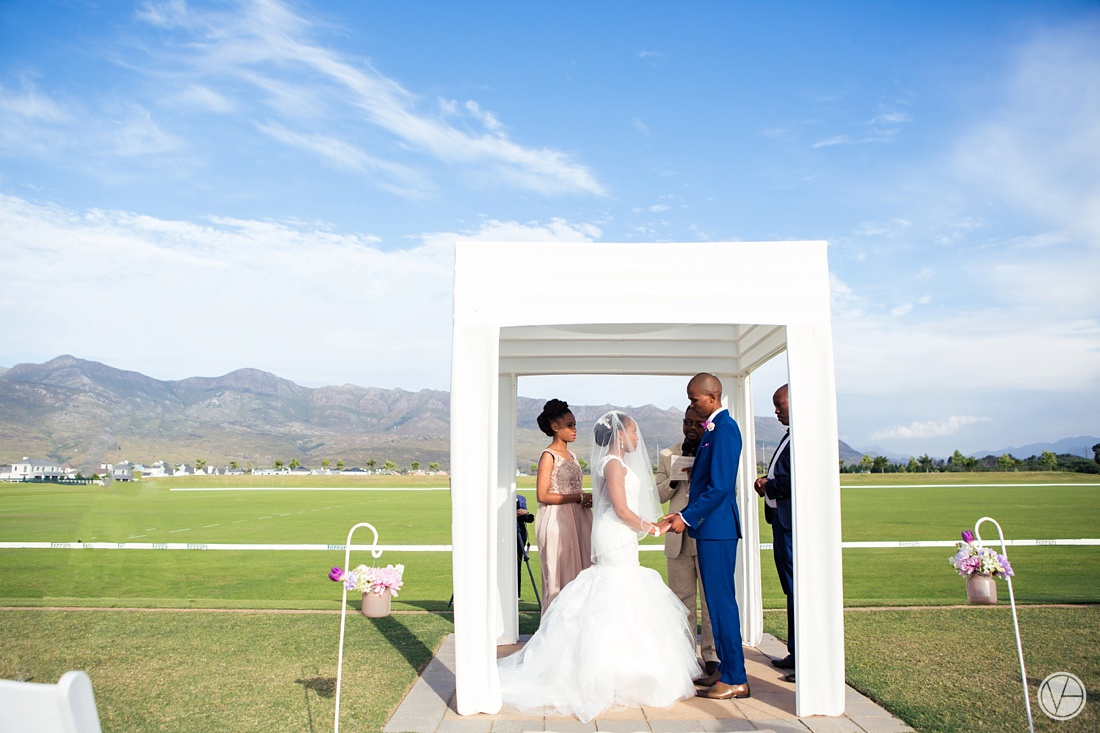 Vivid-Blue-Apoti-Zanele-Val-de-Vie-Wedding-Photography073