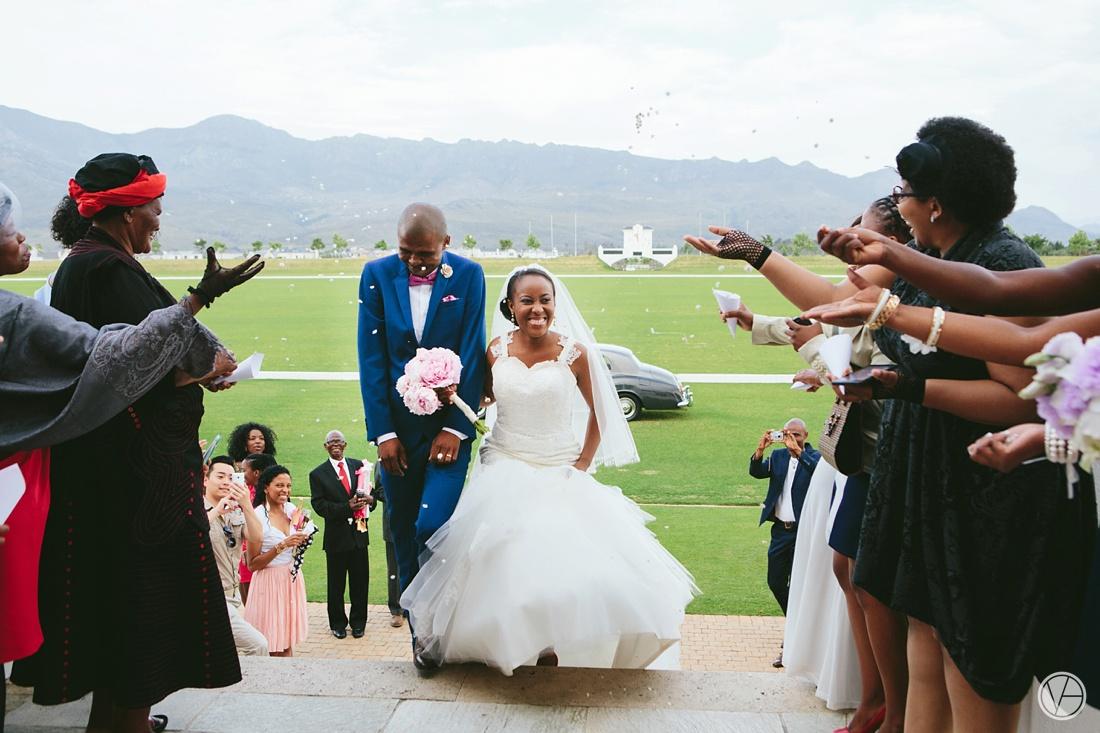 Vivid-Blue-Apoti-Zanele-Val-de-Vie-Wedding-Photography082