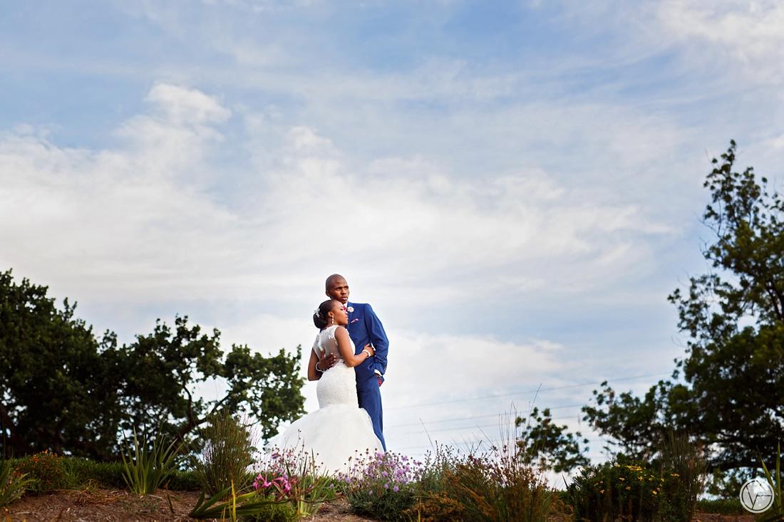Vivid-Blue-Apoti-Zanele-Val-de-Vie-Wedding-Photography118
