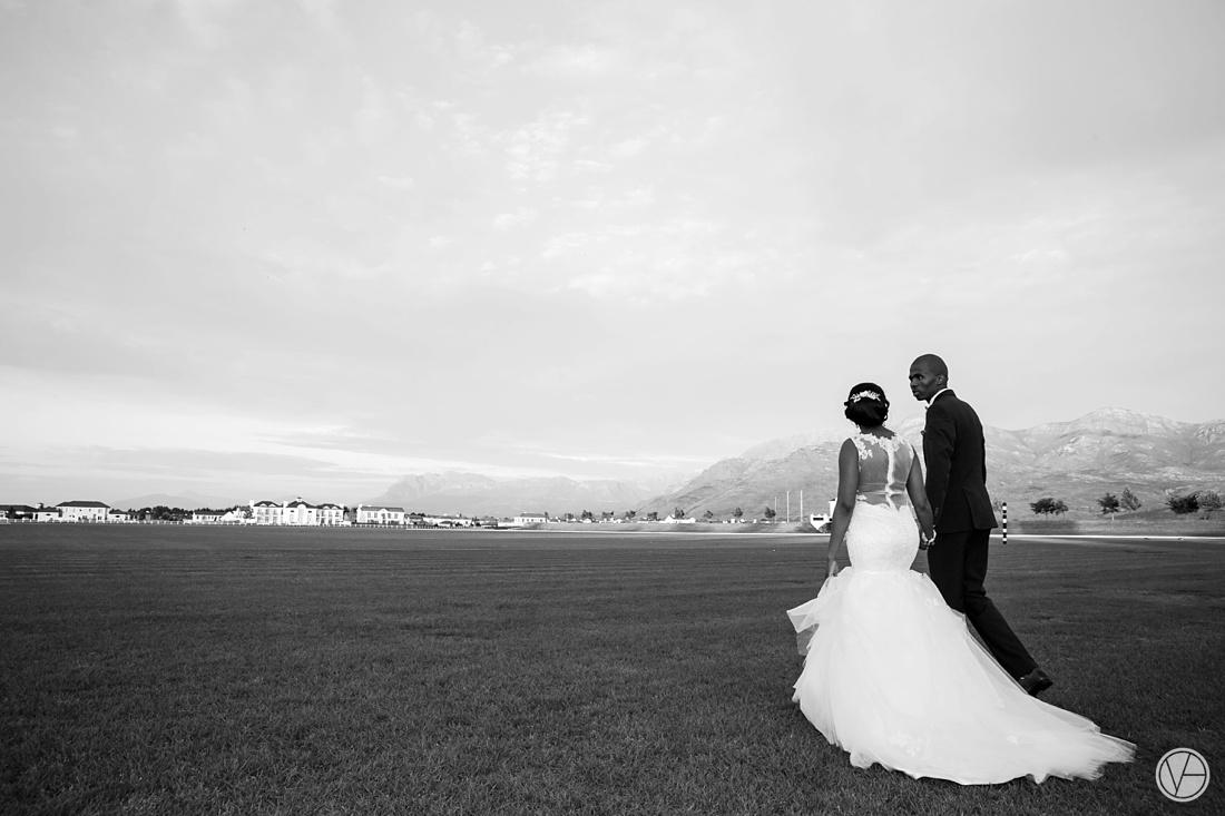 Vivid-Blue-Apoti-Zanele-Val-de-Vie-Wedding-Photography132