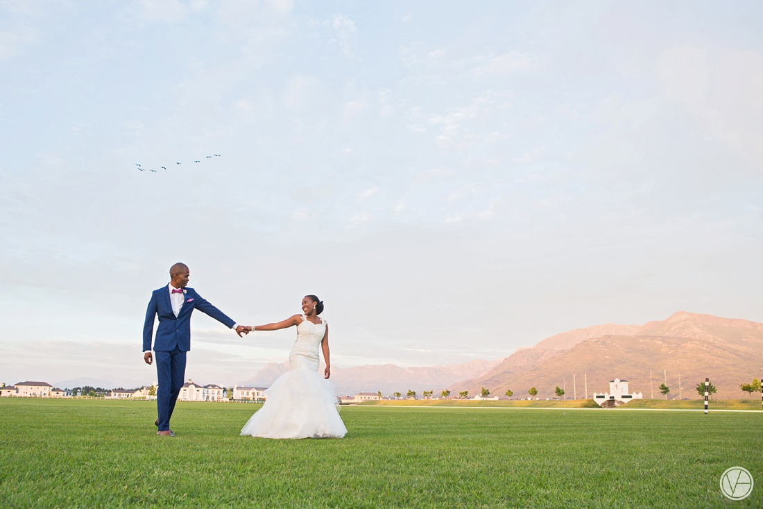 Vivid-Blue-Apoti-Zanele-Val-de-Vie-Wedding-Photography134