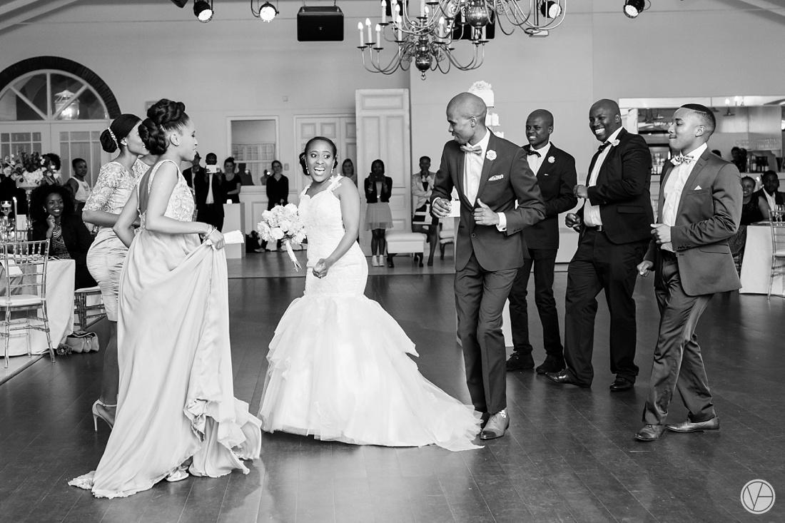 Vivid-Blue-Apoti-Zanele-Val-de-Vie-Wedding-Photography164