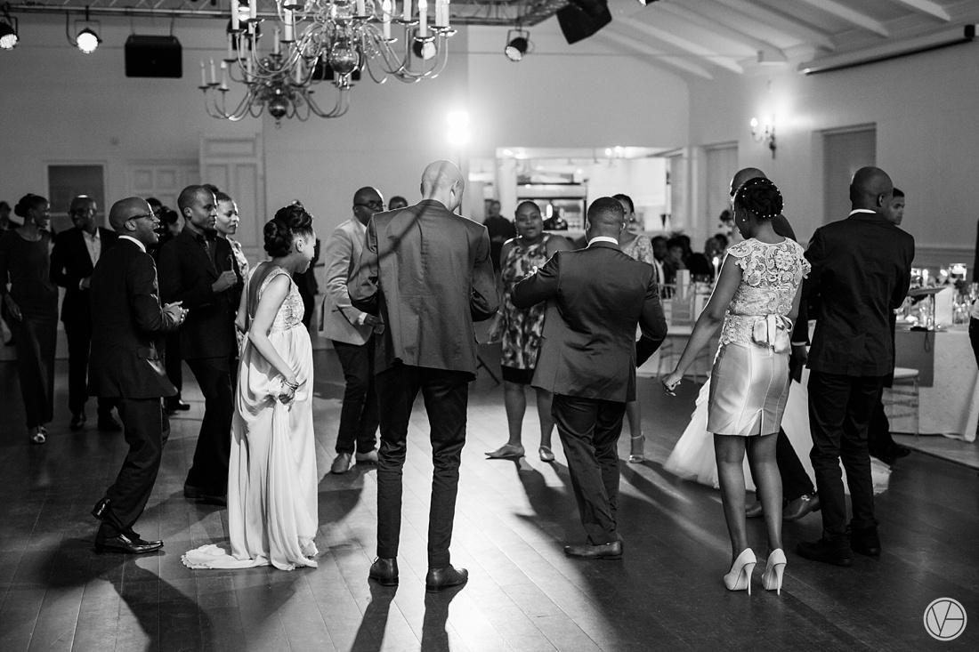 Vivid-Blue-Apoti-Zanele-Val-de-Vie-Wedding-Photography179