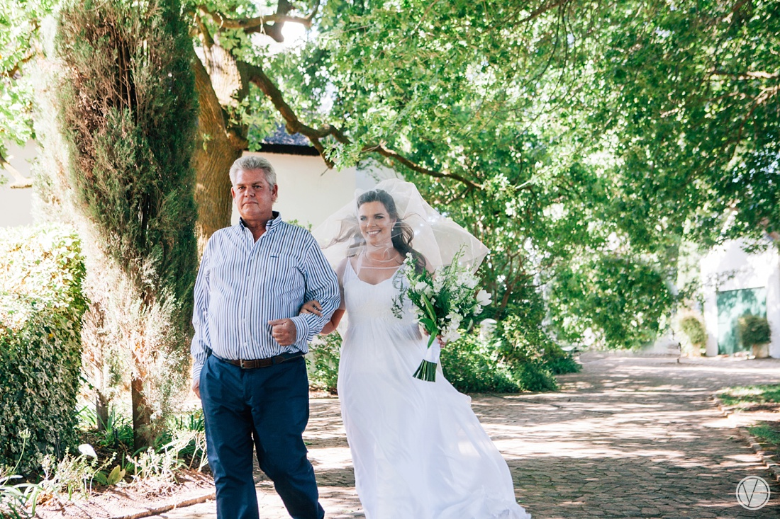 Vivid-Blue-Hilmar-Antonia-wedding-bosmanwines-kraak-photography039