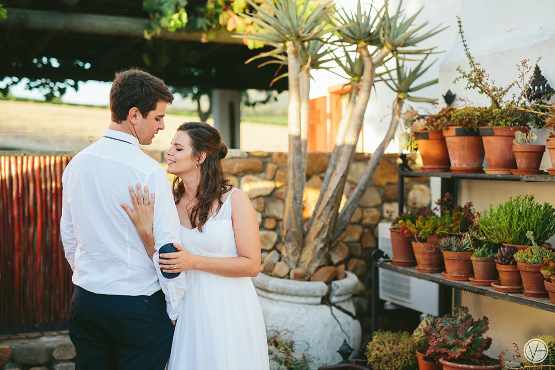 Vivid-Blue-Hilmar-Antonia-wedding-bosmanwines-kraak-photography110