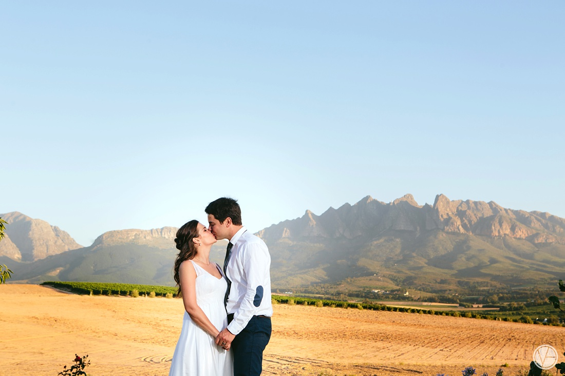 Vivid-Blue-Hilmar-Antonia-wedding-bosmanwines-kraak-photography111