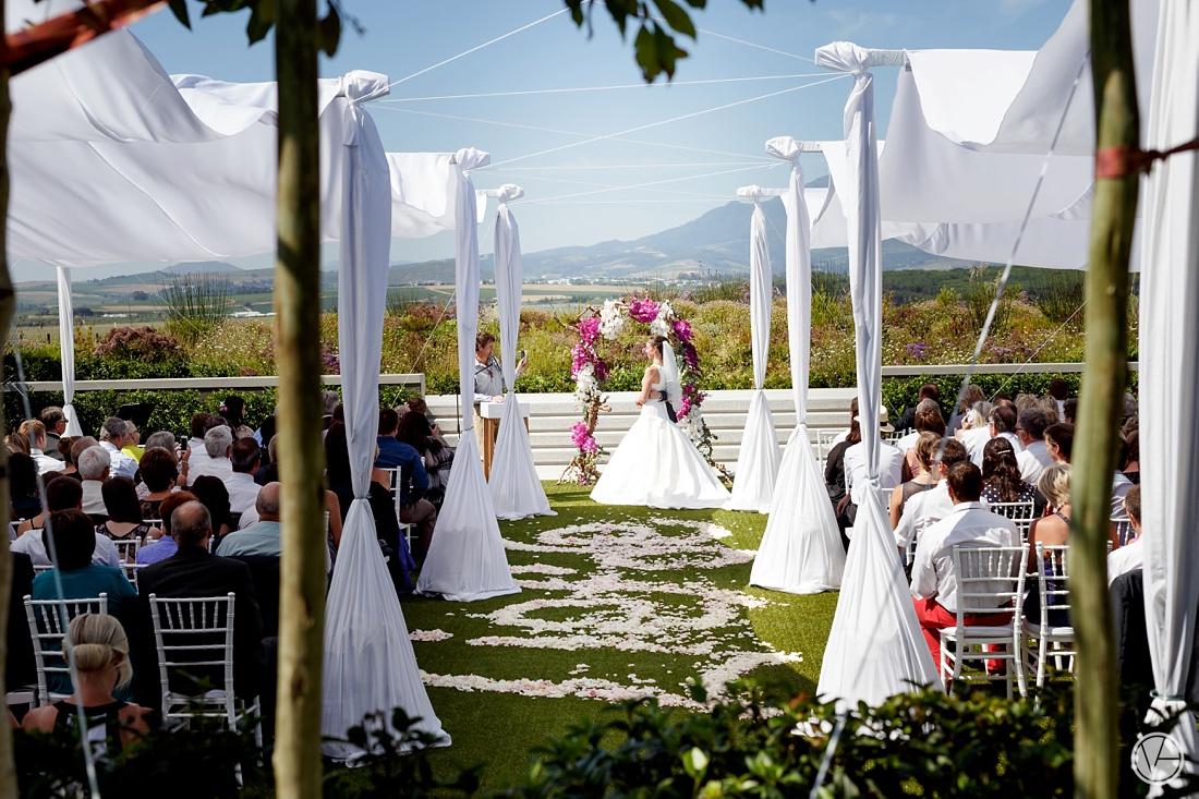 VIvidblue-Phillip-Nelrie-Cavalli-wedding-aleit-photography057