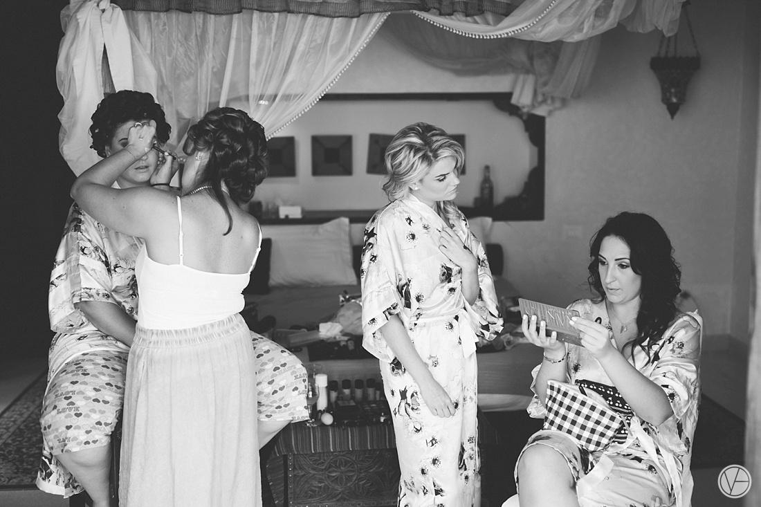 Vivid-blue-Zanzibar-wedding-Karafuu-Cobus-Cecilia-photography034