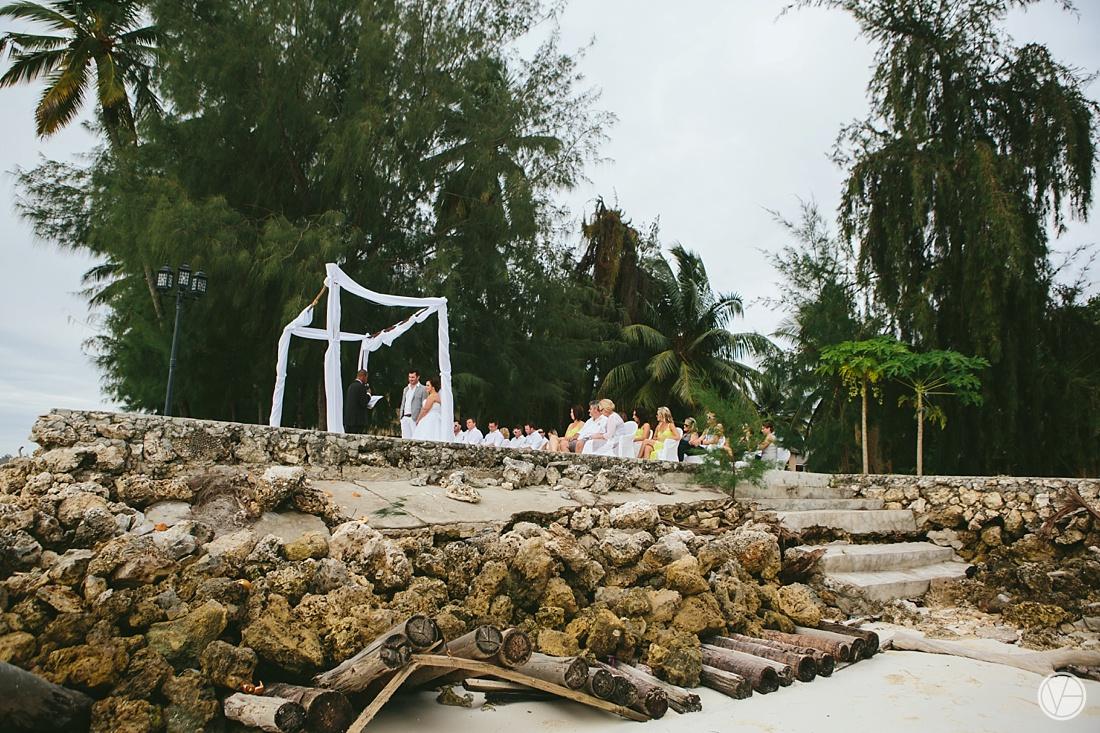 Vivid-blue-Zanzibar-wedding-Karafuu-Cobus-Cecilia-photography072
