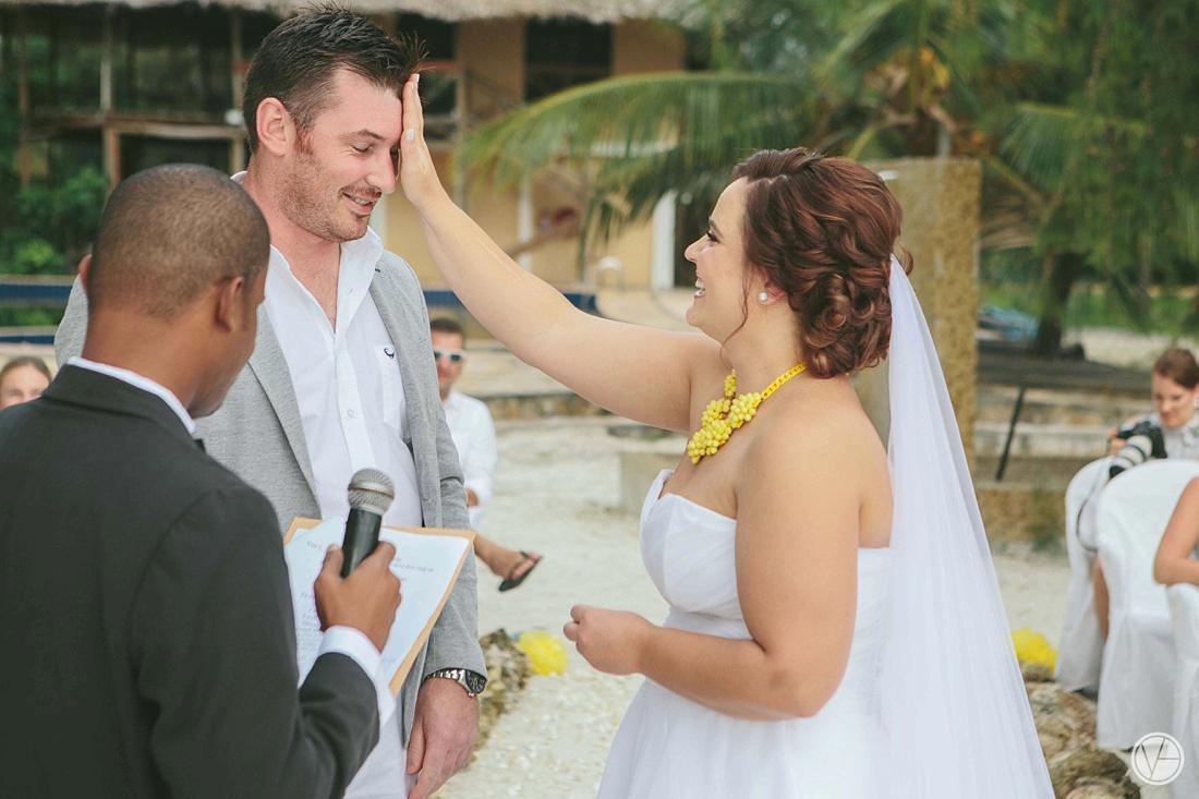 Vivid-blue-Zanzibar-wedding-Karafuu-Cobus-Cecilia-photography075