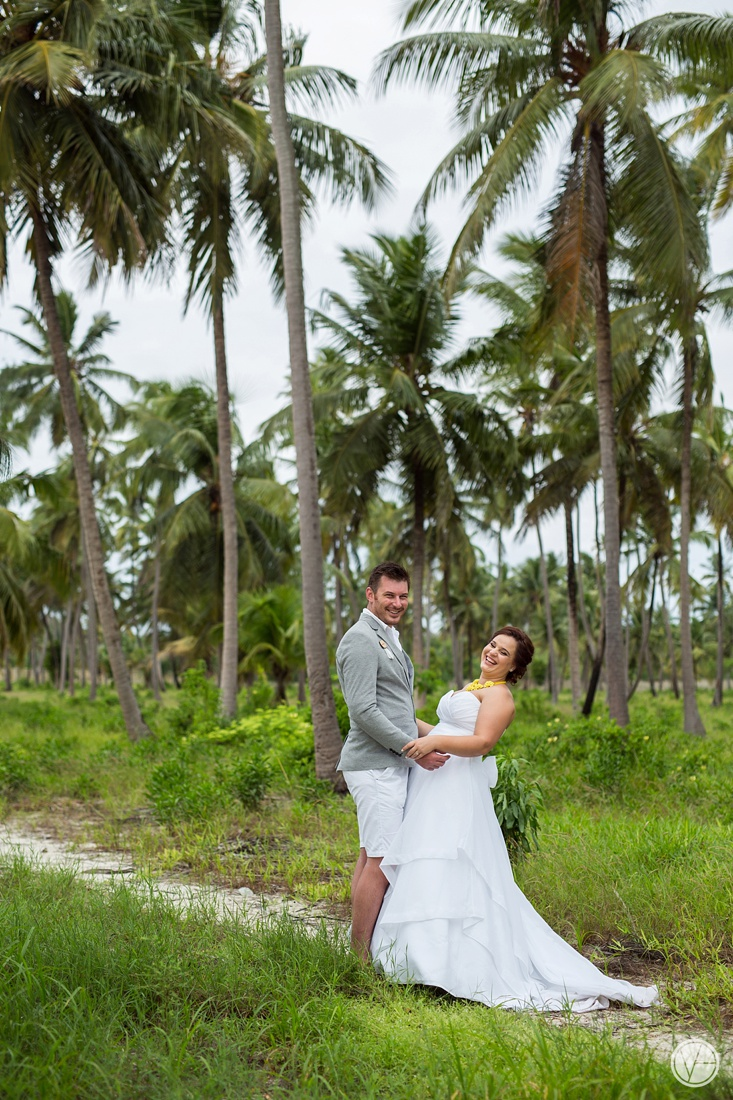 Vivid-blue-Zanzibar-wedding-Karafuu-Cobus-Cecilia-photography104