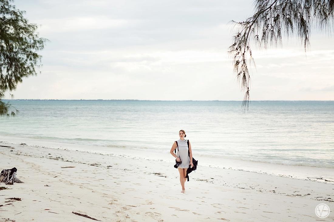 Vivid-blue-Zanzibar-wedding-Karafuu-Cobus-Cecilia-photography105