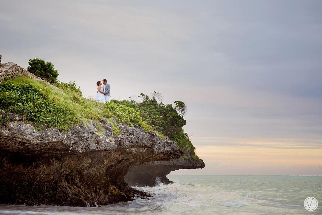 Vivid-blue-Zanzibar-wedding-Karafuu-Cobus-Cecilia-photography115