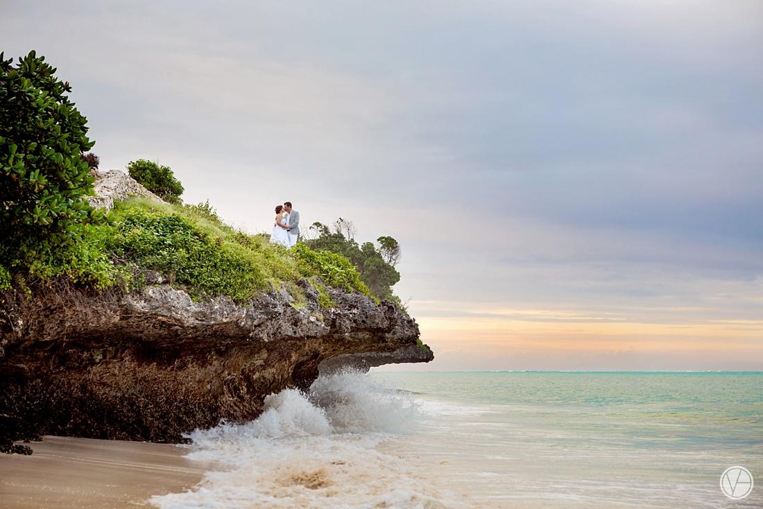 Vivid-blue-Zanzibar-wedding-Karafuu-Cobus-Cecilia-photography118