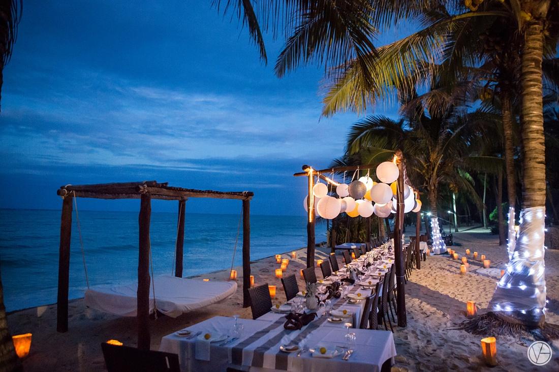 Vivid-blue-Zanzibar-wedding-Karafuu-Cobus-Cecilia-photography127