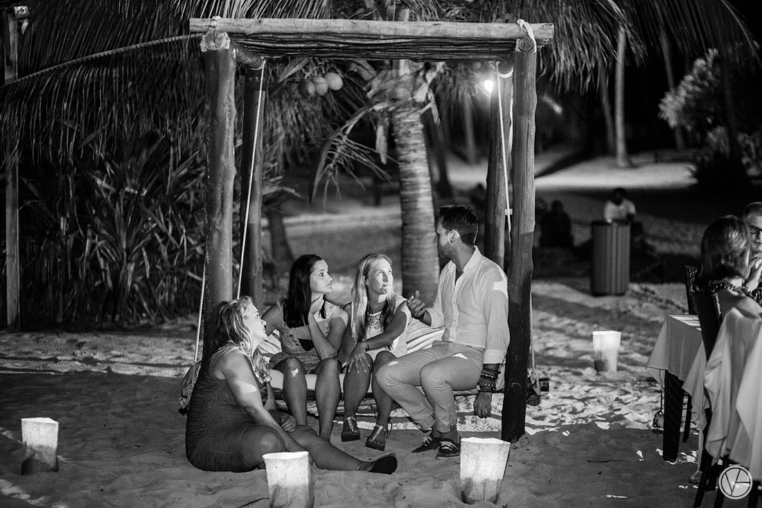 Vivid-blue-Zanzibar-wedding-Karafuu-Cobus-Cecilia-photography134