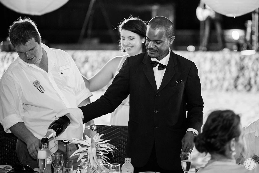 Vivid-blue-Zanzibar-wedding-Karafuu-Cobus-Cecilia-photography135