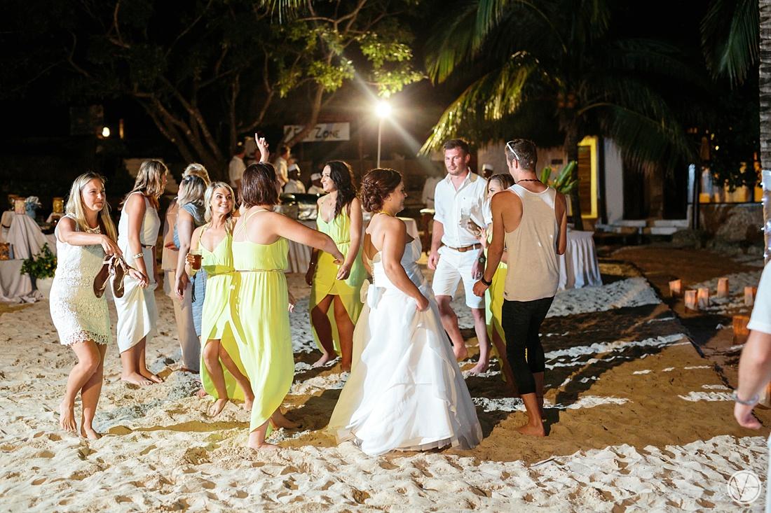 Vivid-blue-Zanzibar-wedding-Karafuu-Cobus-Cecilia-photography138