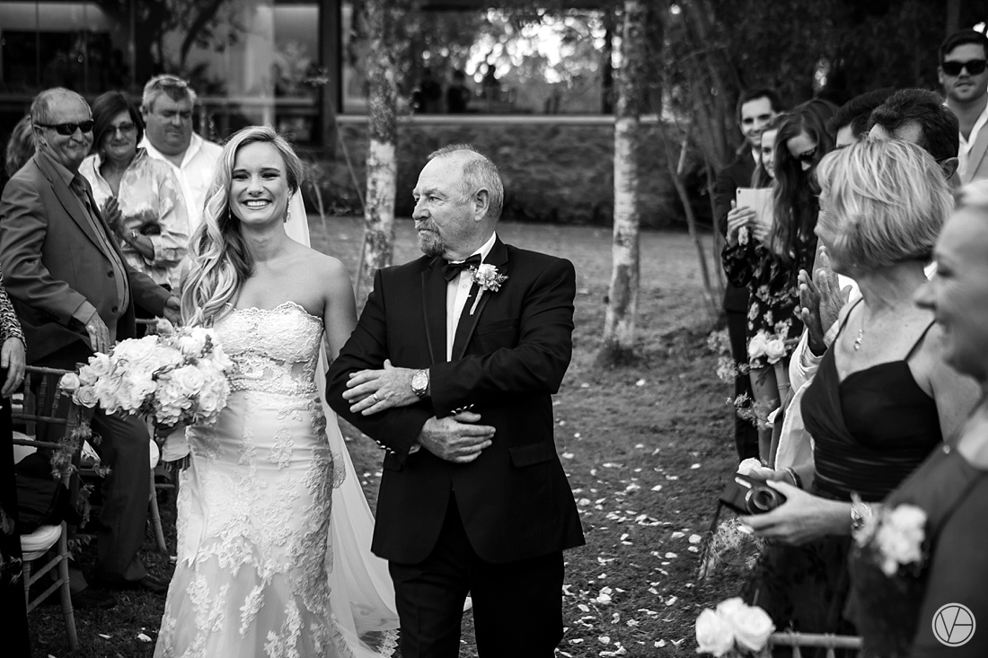 Vividblue-Nick-Bianca-Wedding-Forest-Hall-Estate-vividblue061