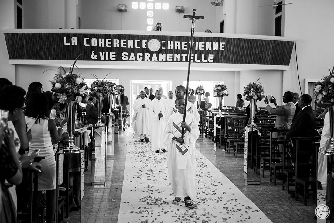 Vivid-Blue-Eddy-Olga-African-Wedding-DRC-Congo-043