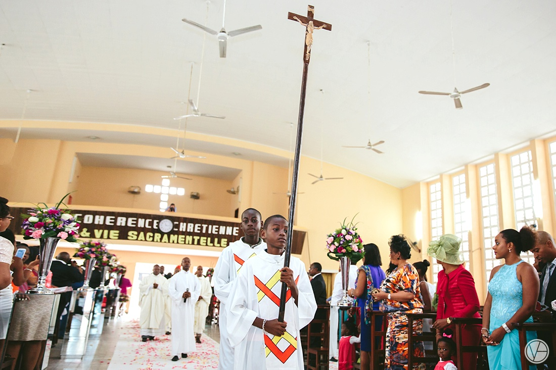 Vivid-Blue-Eddy-Olga-African-Wedding-DRC-Congo-044