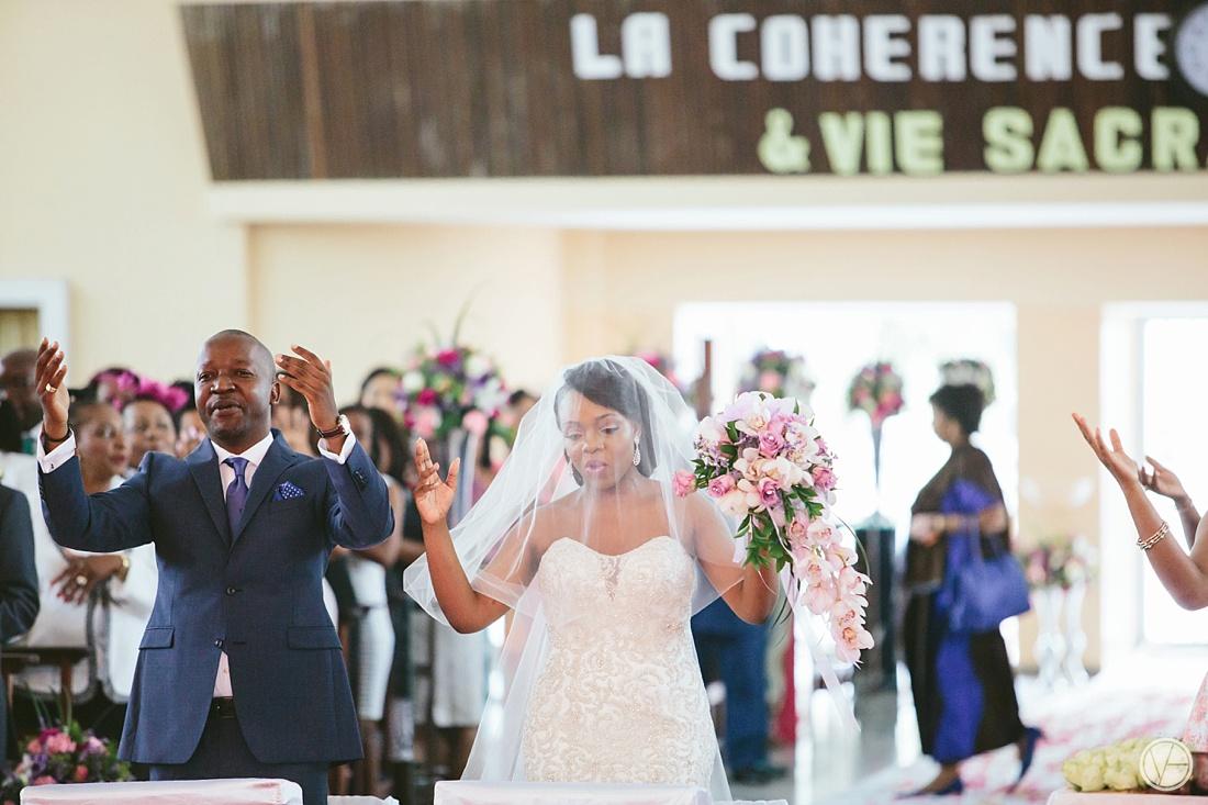 Vivid-Blue-Eddy-Olga-African-Wedding-DRC-Congo-054