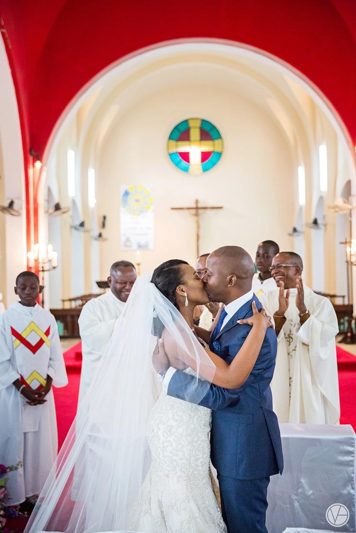 Vivid-Blue-Eddy-Olga-African-Wedding-DRC-Congo-065
