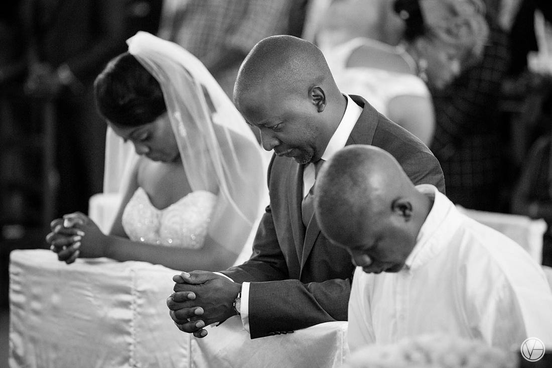 Vivid-Blue-Eddy-Olga-African-Wedding-DRC-Congo-075