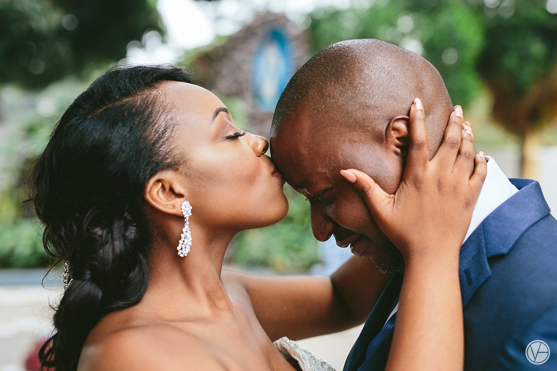 Vivid-Blue-Eddy-Olga-African-Wedding-DRC-Congo-092