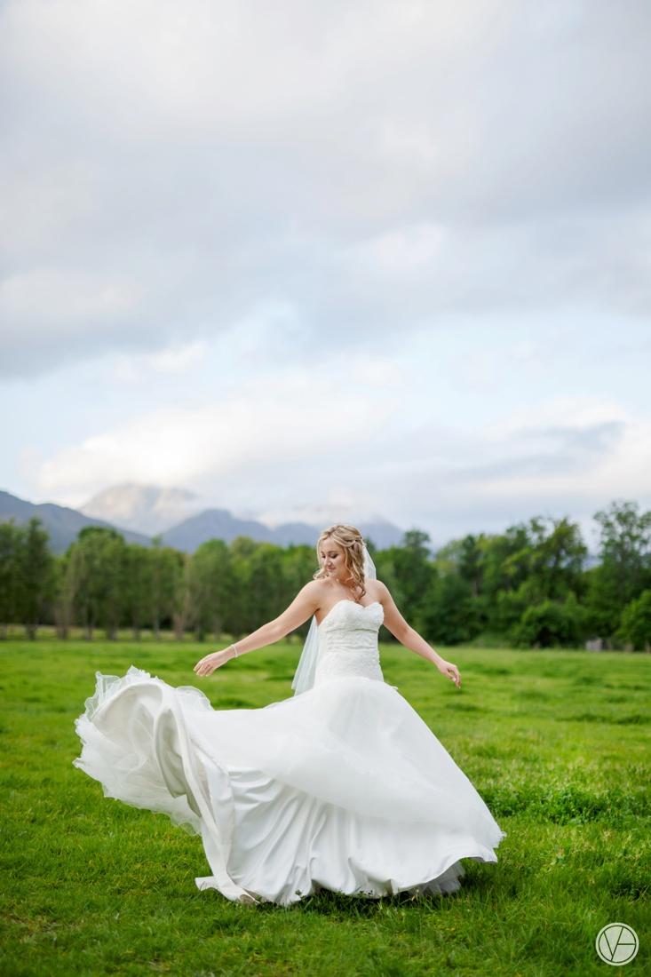 Vivid-Blue-Neil-and-Leana-Wedding-Lourensford-Photography080