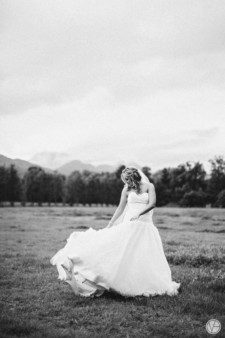 Vivid-Blue-Neil-and-Leana-Wedding-Lourensford-Photography081