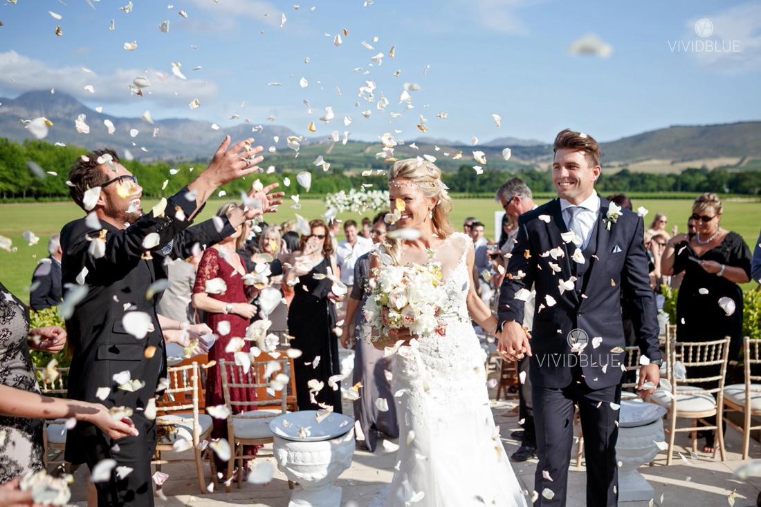 Vividblue-Wynand-olivier-Anri-Wedding-Lourensford_aleit-photography005