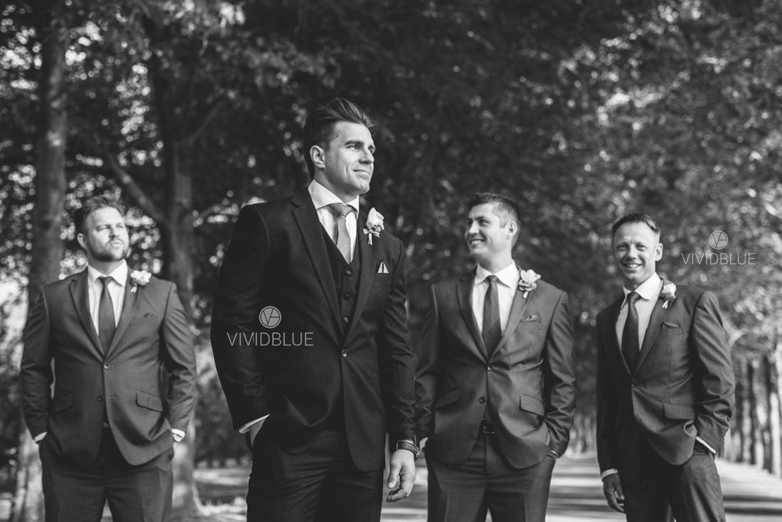 Vividblue-Wynand-olivier-Anri-Wedding-Lourensford_aleit-photography008