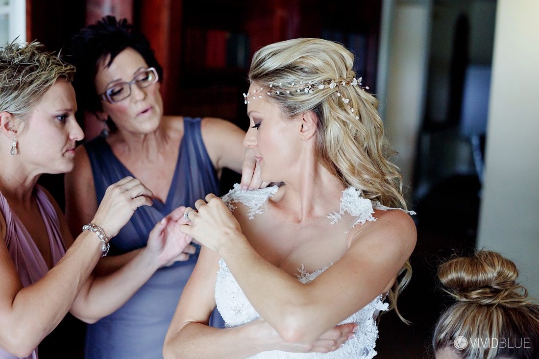 Vividblue-Wynand-olivier-Anri-Wedding-Lourensford-Aleit-Photography0021