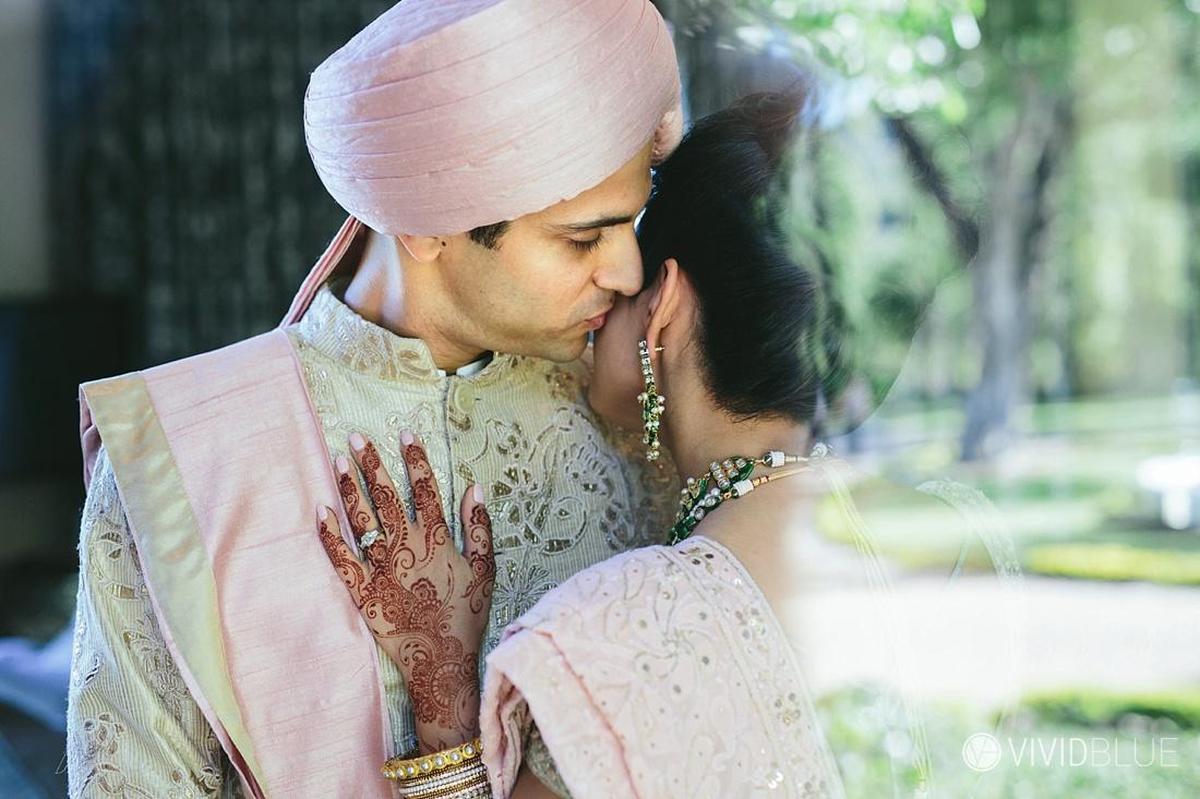 Vivid-Blue-Mishaan-Karina-Indian-Wedding-Molenvliet-Photography040