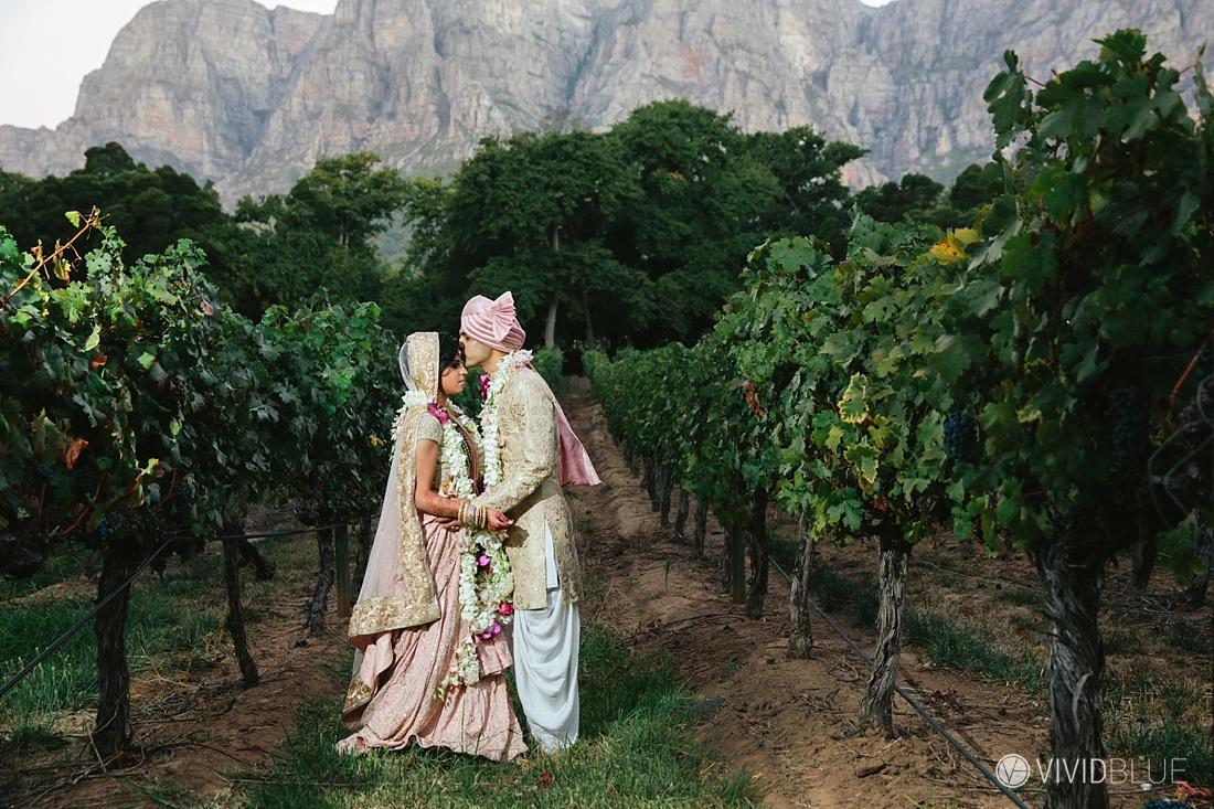 Vivid-Blue-Mishaan-Karina-Indian-Wedding-Molenvliet-Photography121