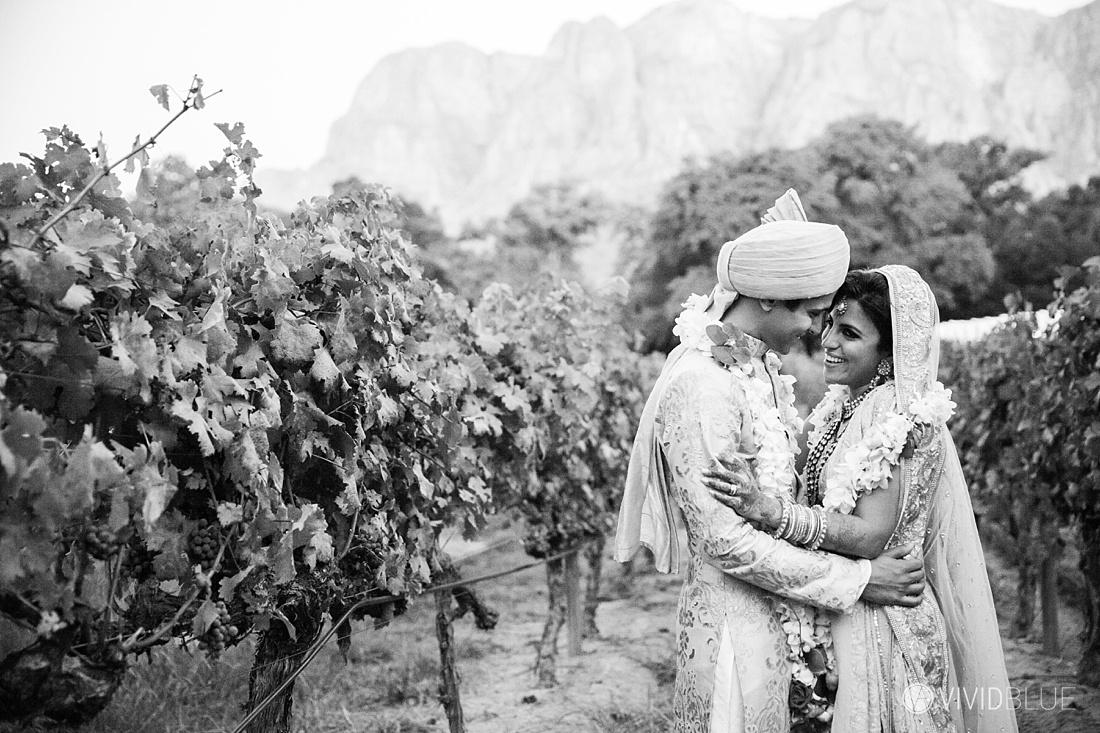 Vivid-Blue-Mishaan-Karina-Indian-Wedding-Molenvliet-Photography130