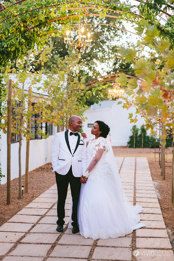 Vividblue-Zukile-Bongiwe-La-Paris-Wedding-Photography020