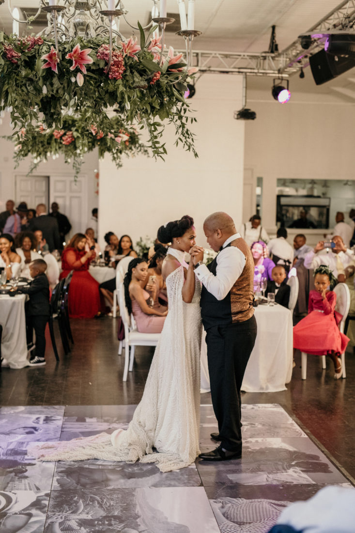 an image taken by Vivideblue of the bride and grooms first dance at Val de Vie
